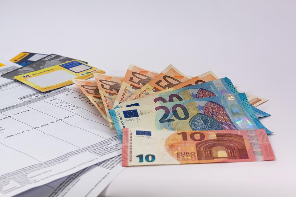 limit transakcji gotówkowych 2017